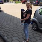 moeder met babybjorn5