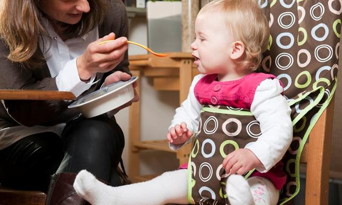 Zitstoel Voor Baby.Opvouwbare Kinderstoel Baby Product Van Het Jaar